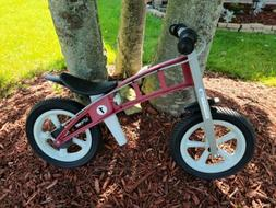 Balance Bike with Brakes for Children 2-6 years old