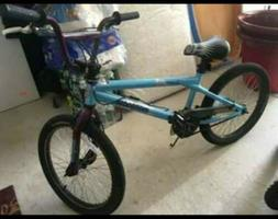 Mongoose Feature Freestyle Kids 20 inch BMX Bike